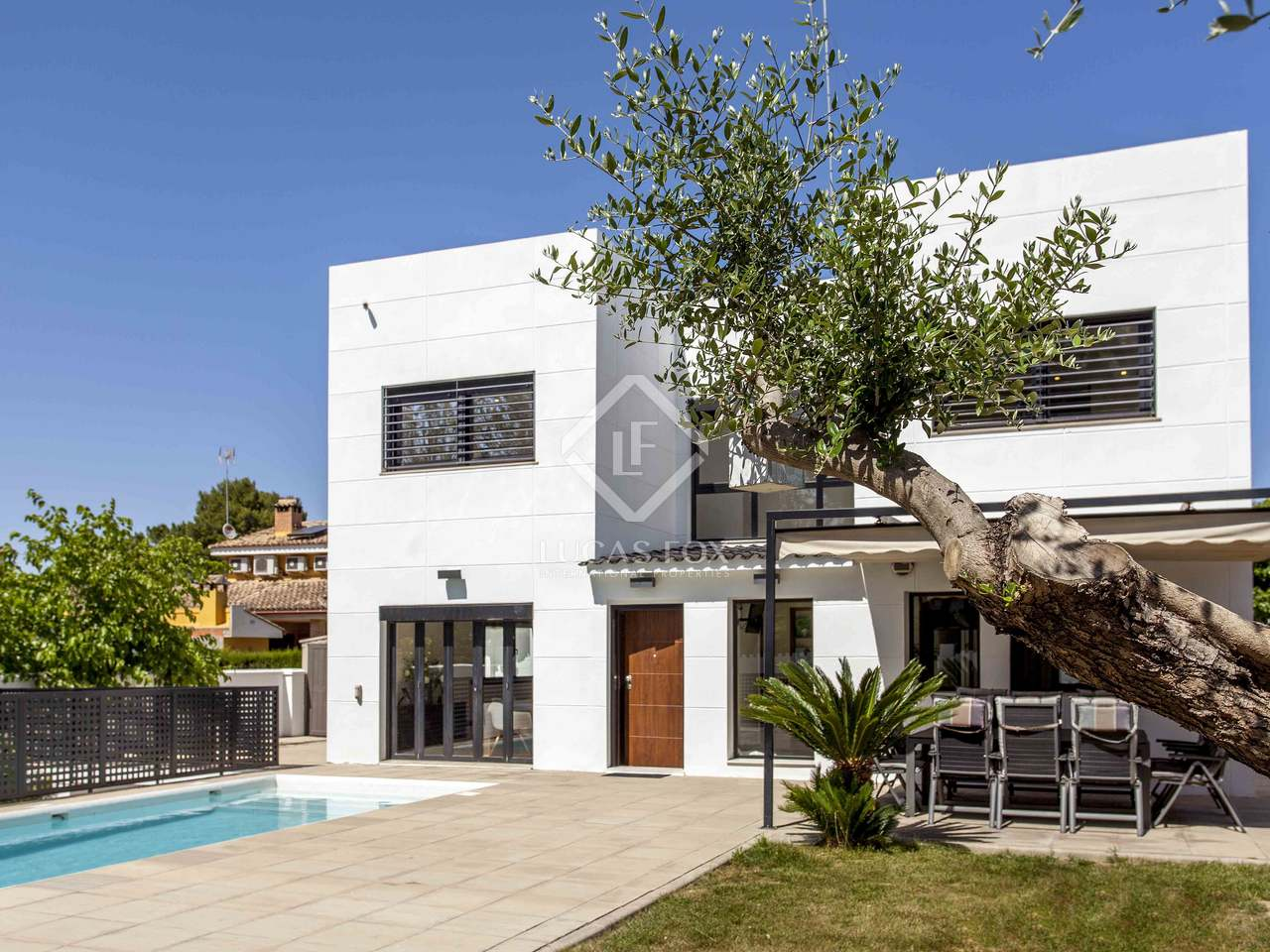 Modern villa for sale in la eliana valencia for Villas valencia