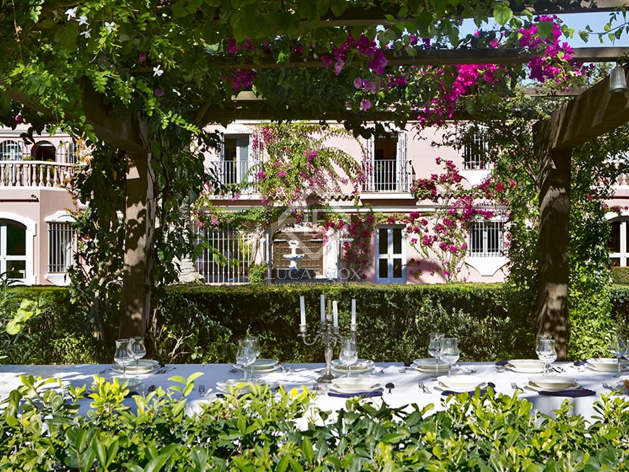 1 500m haus villa mit 150m terrasse zum verkauf in sotogrande. Black Bedroom Furniture Sets. Home Design Ideas