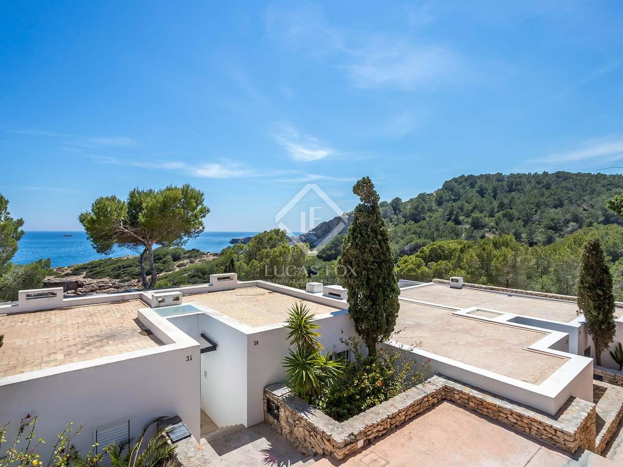 205m haus villa mit 73m terrasse zum verkauf in santa. Black Bedroom Furniture Sets. Home Design Ideas