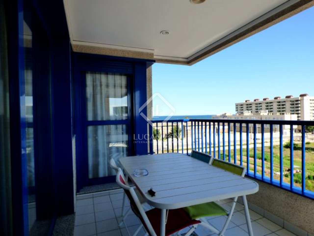 Apartamento en venta en complejo con piscina pistas de for Piscinas picornell padel