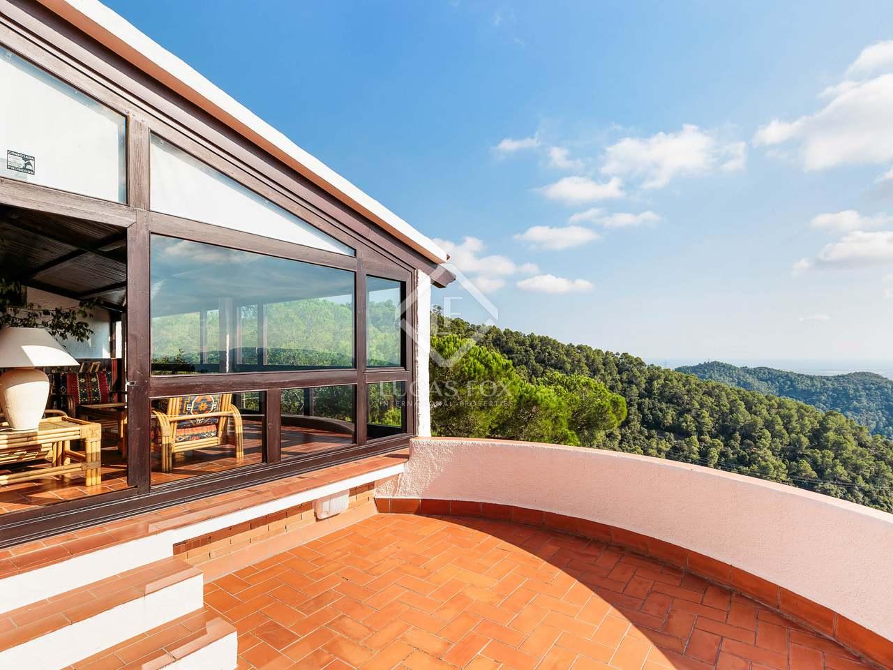 Maison villa de 300m a vendre sarri avec 4 733m de for Piscine w barcelone