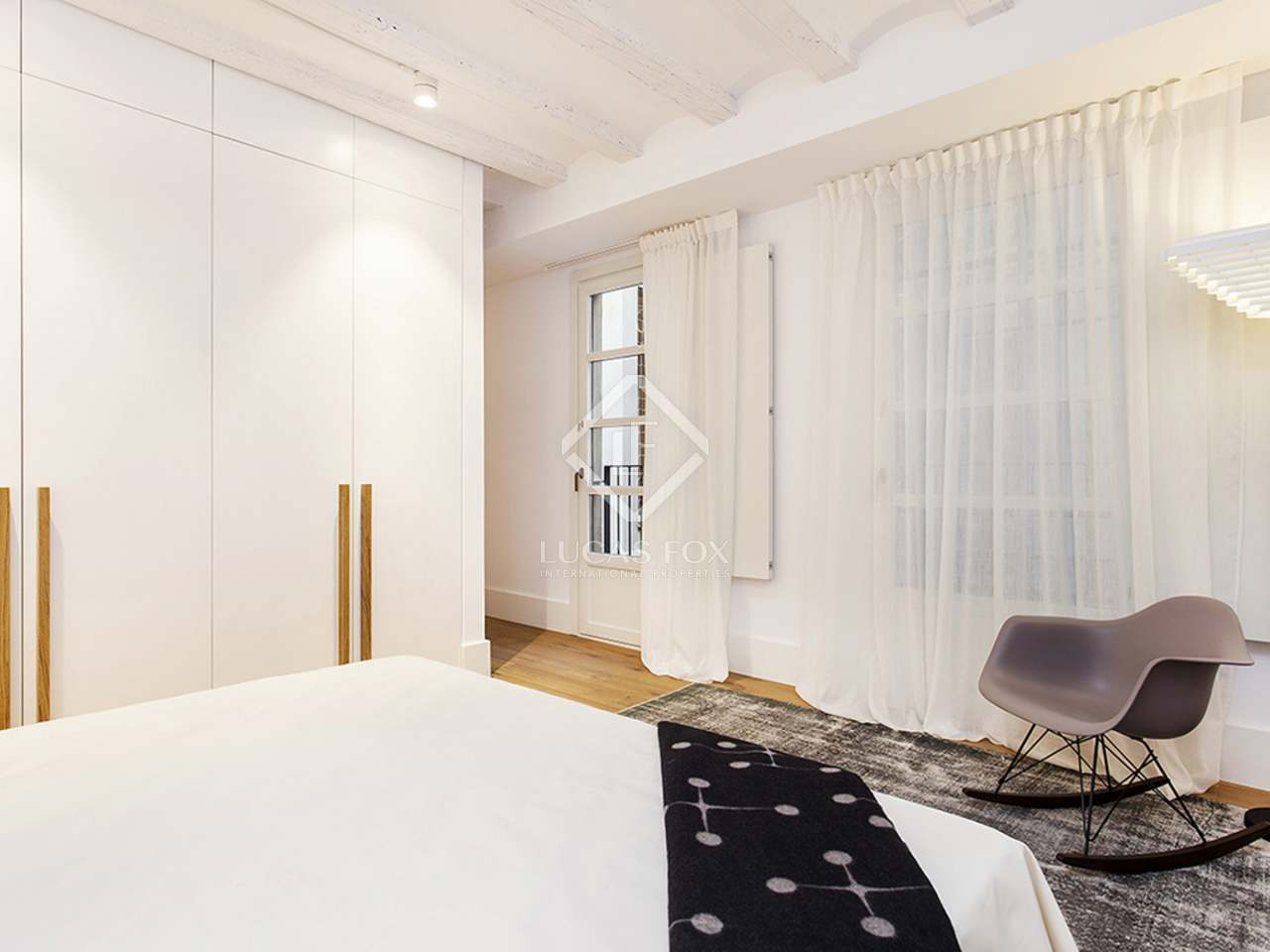 Fabulous new 2-bedroom apartment to buy on Calle Marlet