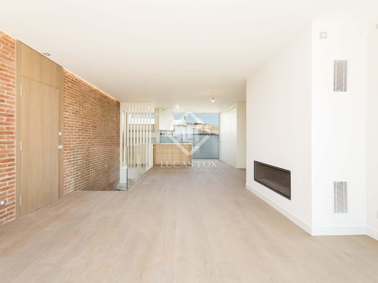 3 bedroom duplex penthouse for sale on avinguda diagonal for Three bedroom duplex