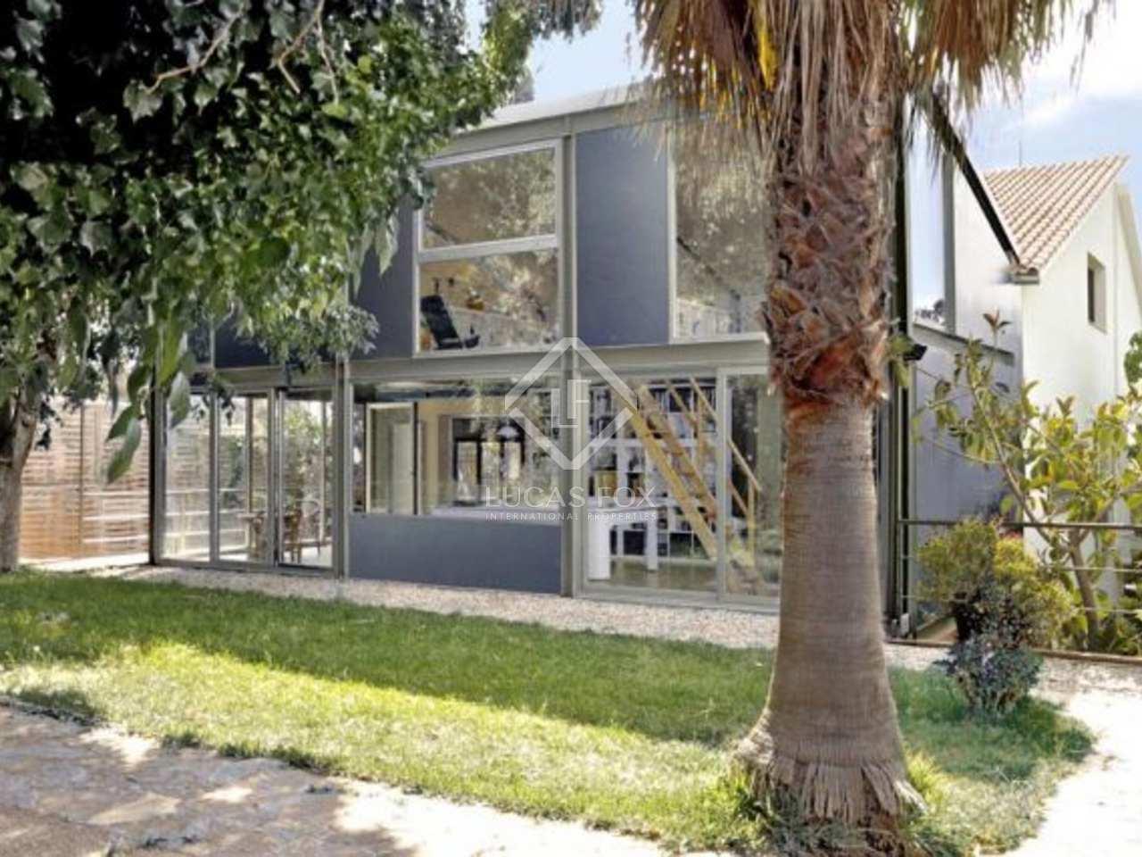 maison vendre castelldefels proximit de la ville de barcelone en espagne. Black Bedroom Furniture Sets. Home Design Ideas