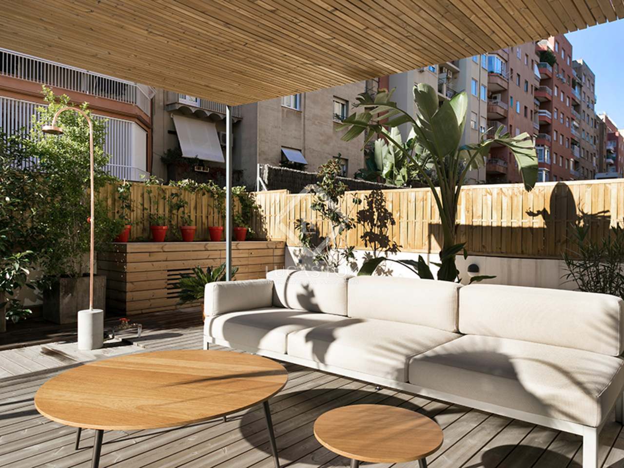 Renovated 125 m apartment with a terrace to buy tur park for 125 the terrace