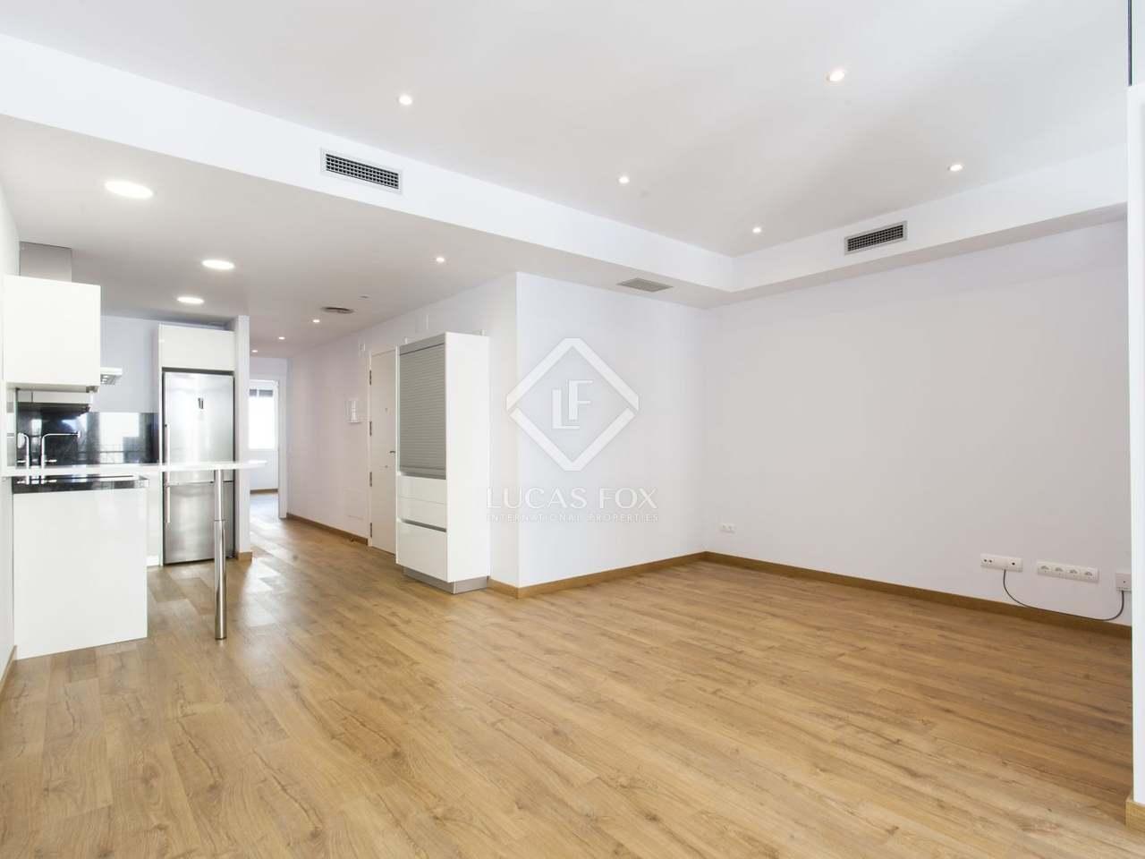 379m geb ude mit 52m terrasse zum verkauf in sitges town. Black Bedroom Furniture Sets. Home Design Ideas