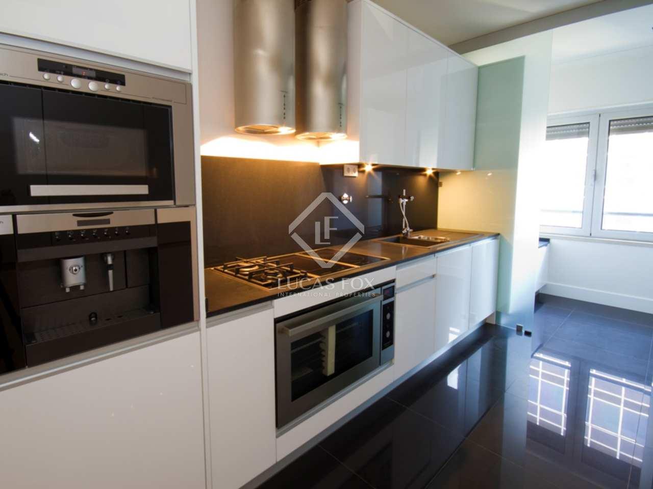 200m wohnung zum verkauf in lissabon stadt portugal. Black Bedroom Furniture Sets. Home Design Ideas