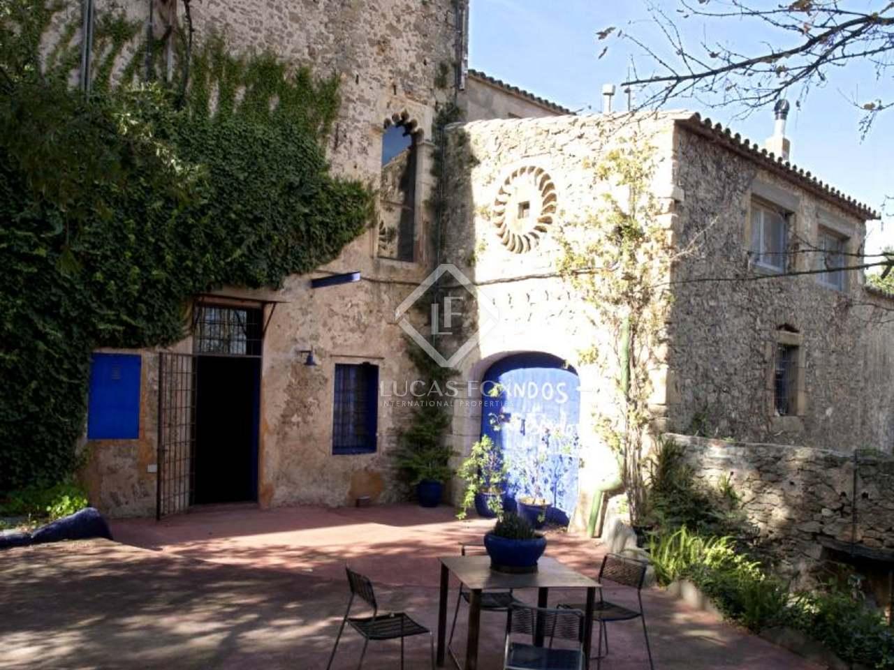 18th Century Castle to buy near the Costa Brava in Girona province