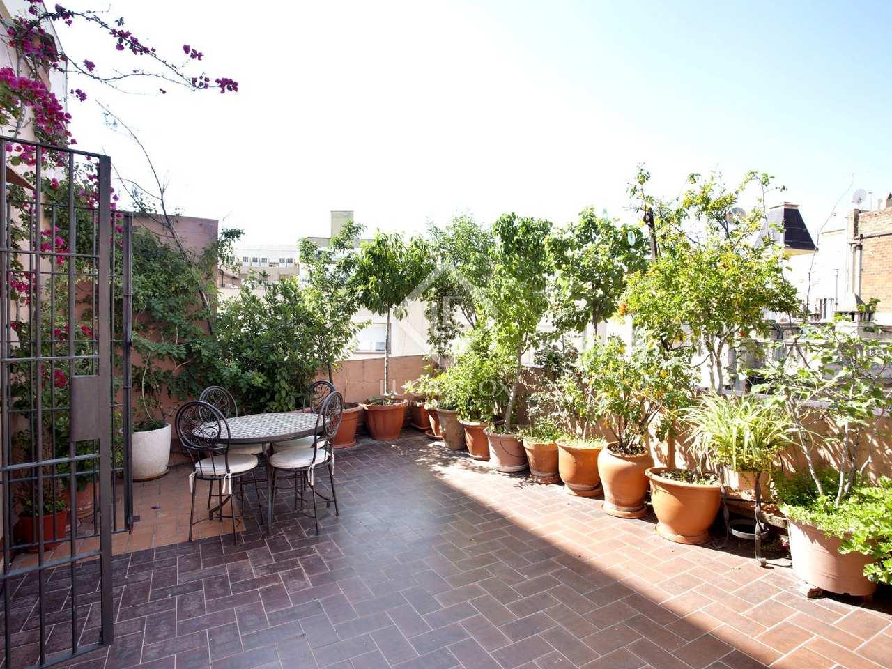 Tico con terraza privada en venta en el eixample barcelona for Terrazas 1280 a
