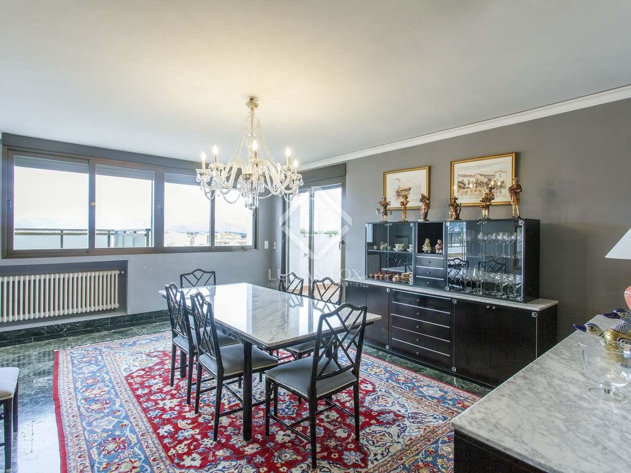 358m wohnung mit 222m terrasse zum verkauf in d nia. Black Bedroom Furniture Sets. Home Design Ideas