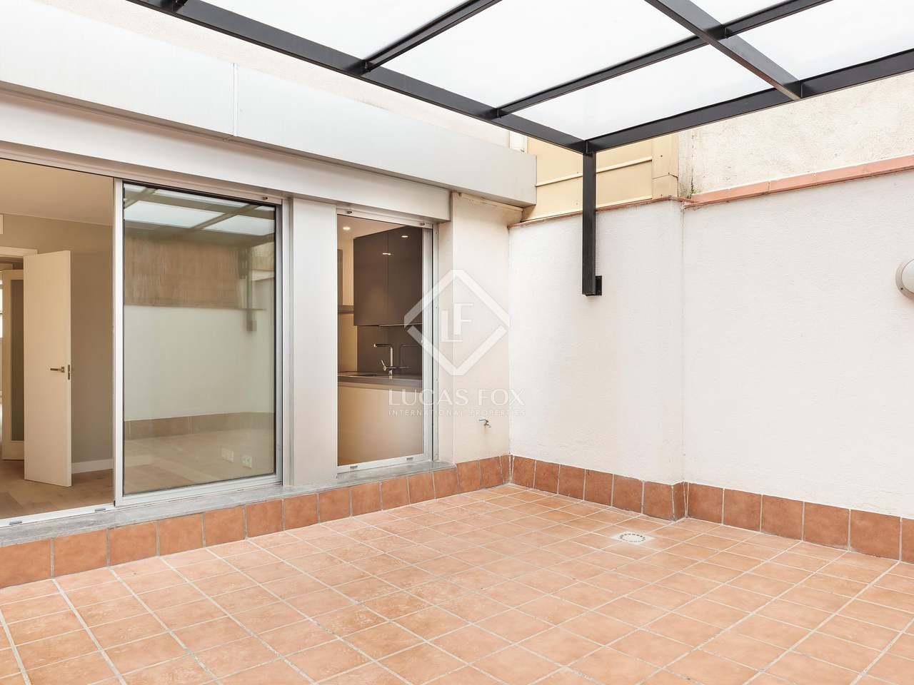 Piso de 115m con terraza de 23m en venta en poblenou for Pisos poblenou