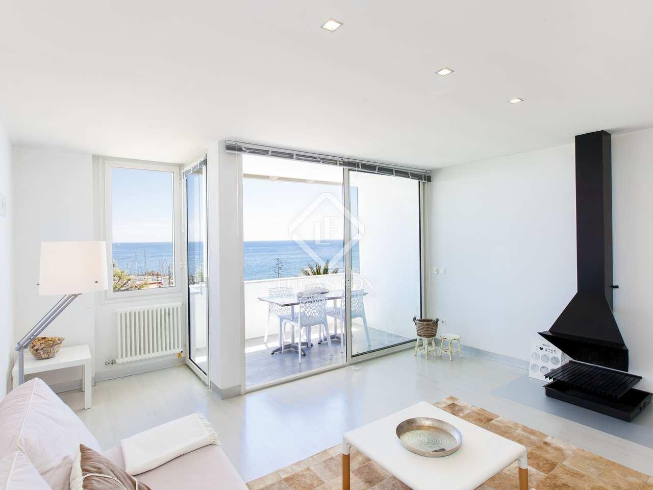 Apartamento de 65 m con terraza en venta en sitges for Licencia apartamento turistico madrid