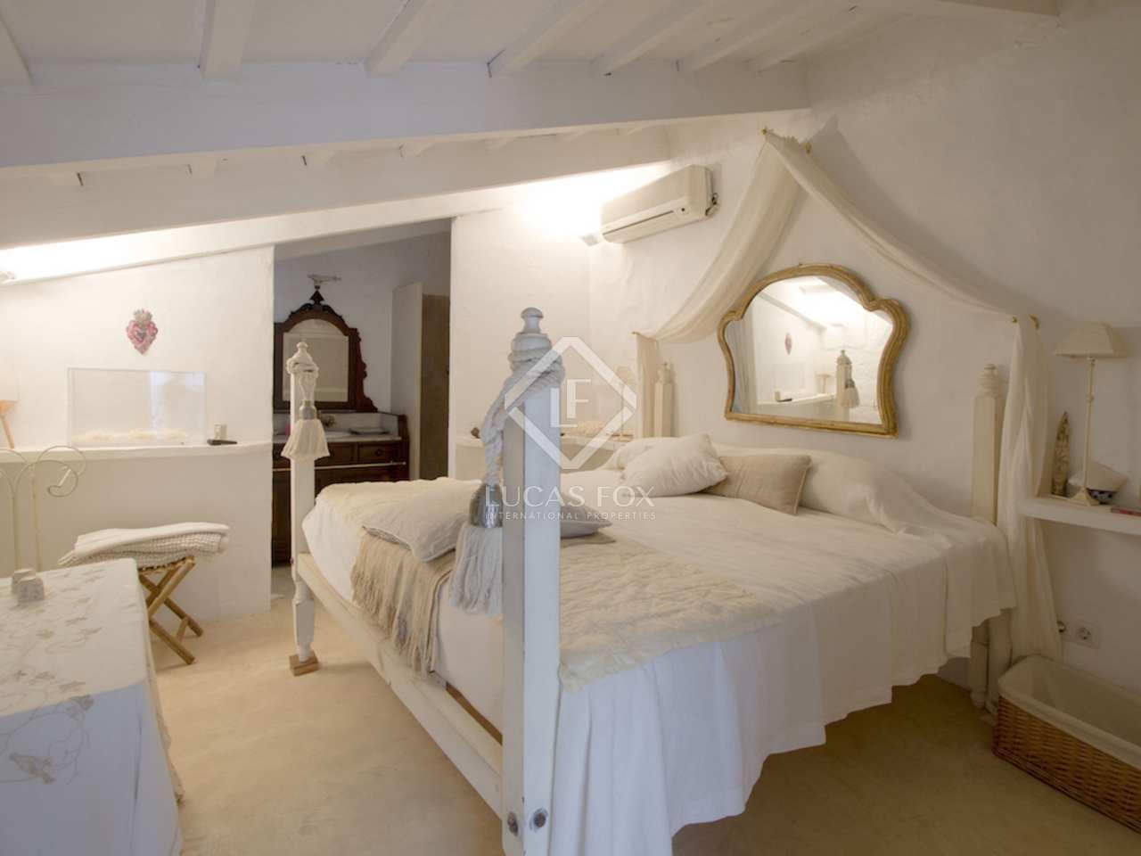 680m landhaus zum verkauf in menorca spanien. Black Bedroom Furniture Sets. Home Design Ideas