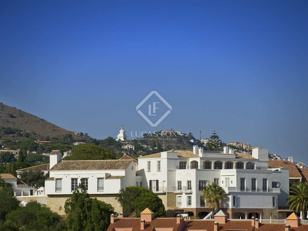 1 618m haus villa zum verkauf in malaga andalusien. Black Bedroom Furniture Sets. Home Design Ideas