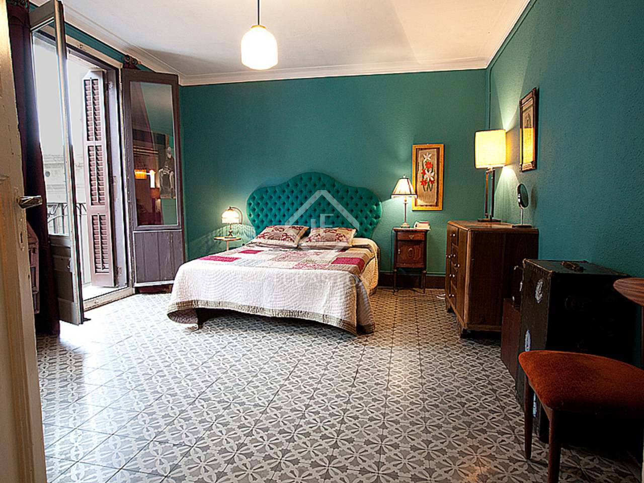 Appartement historique unique vendre ciutat vella barcelone - Acheter appartement a barcelone ...