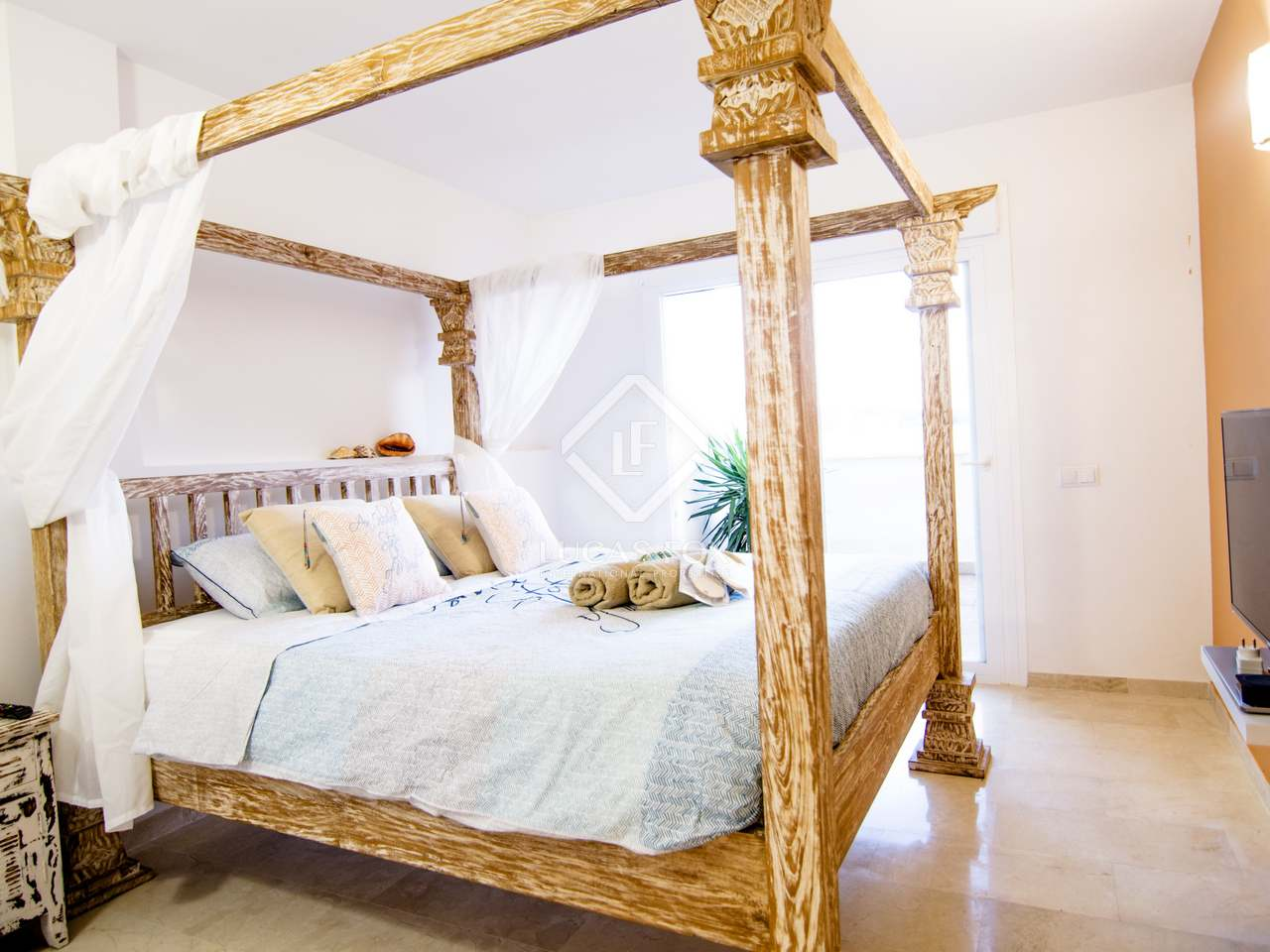 maison villa de 150m a vendre santa eulalia ibiza. Black Bedroom Furniture Sets. Home Design Ideas