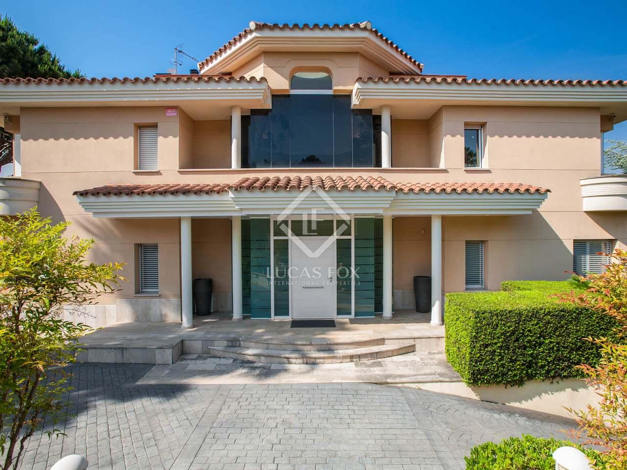 707m haus villa zum verkauf in alella maresme. Black Bedroom Furniture Sets. Home Design Ideas