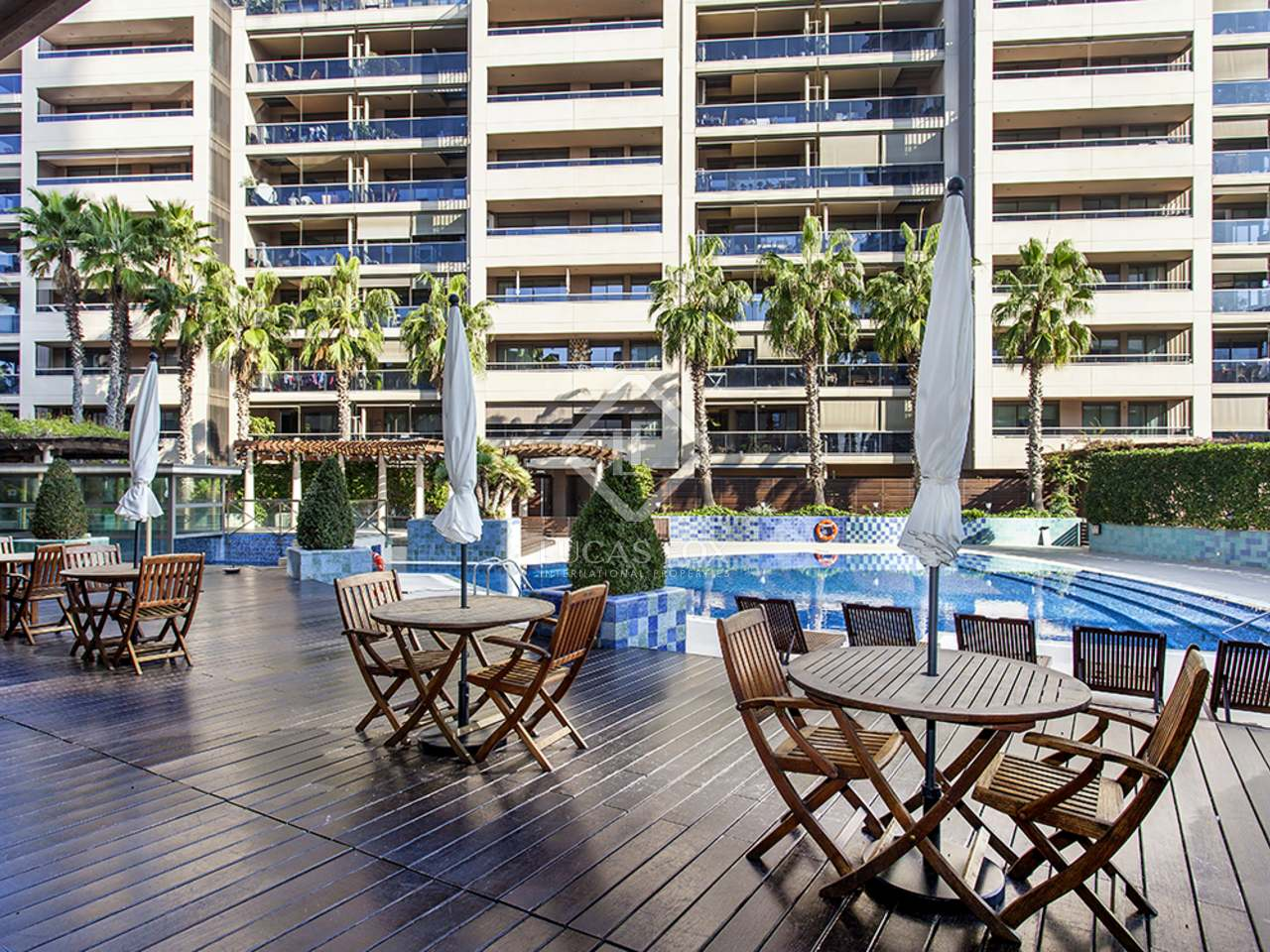 appartement de 81m a louer diagonal mar avec 16m terrasse
