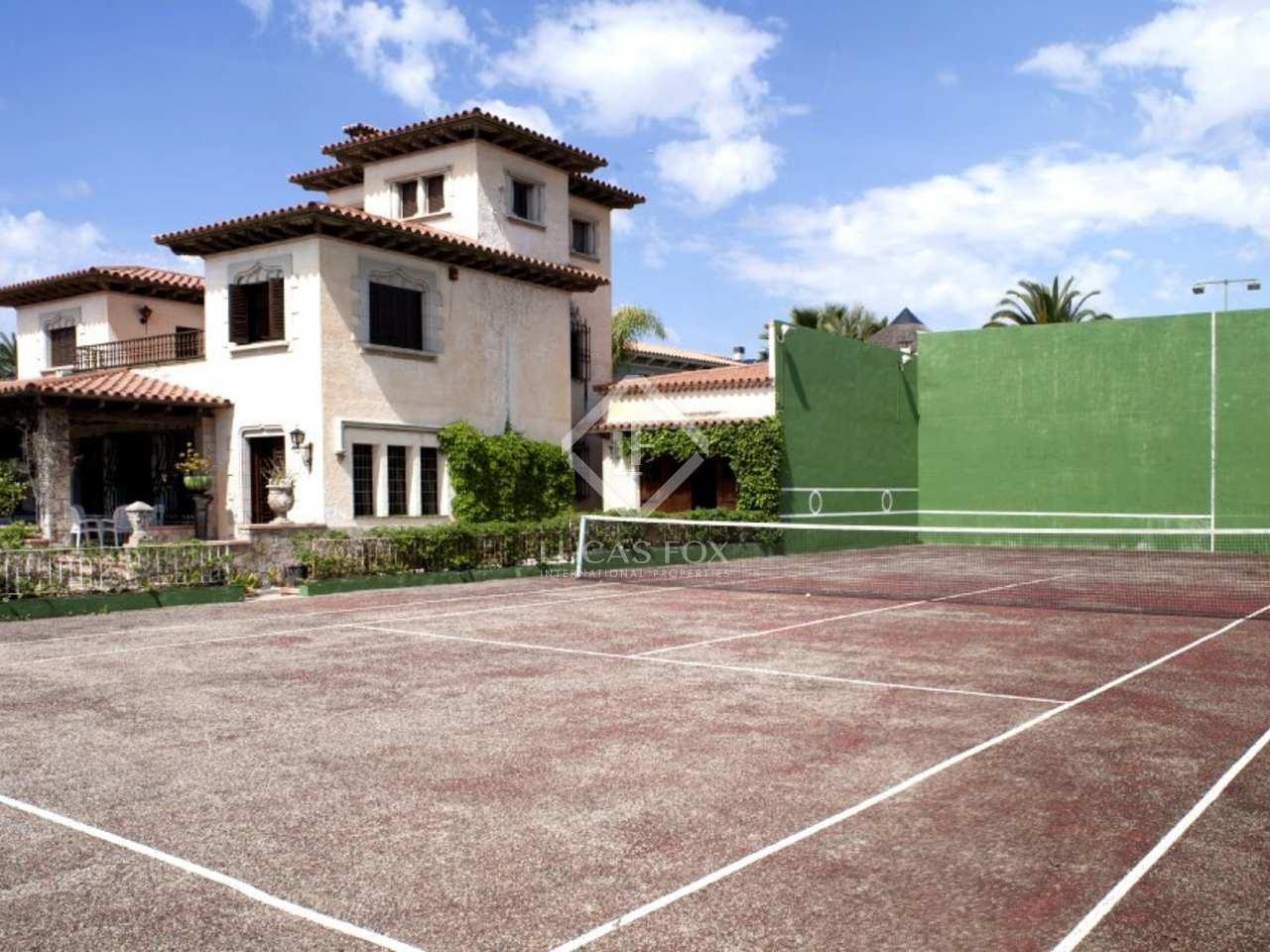 400m haus villa zum verkauf in terramar sitges for Verkauf haus