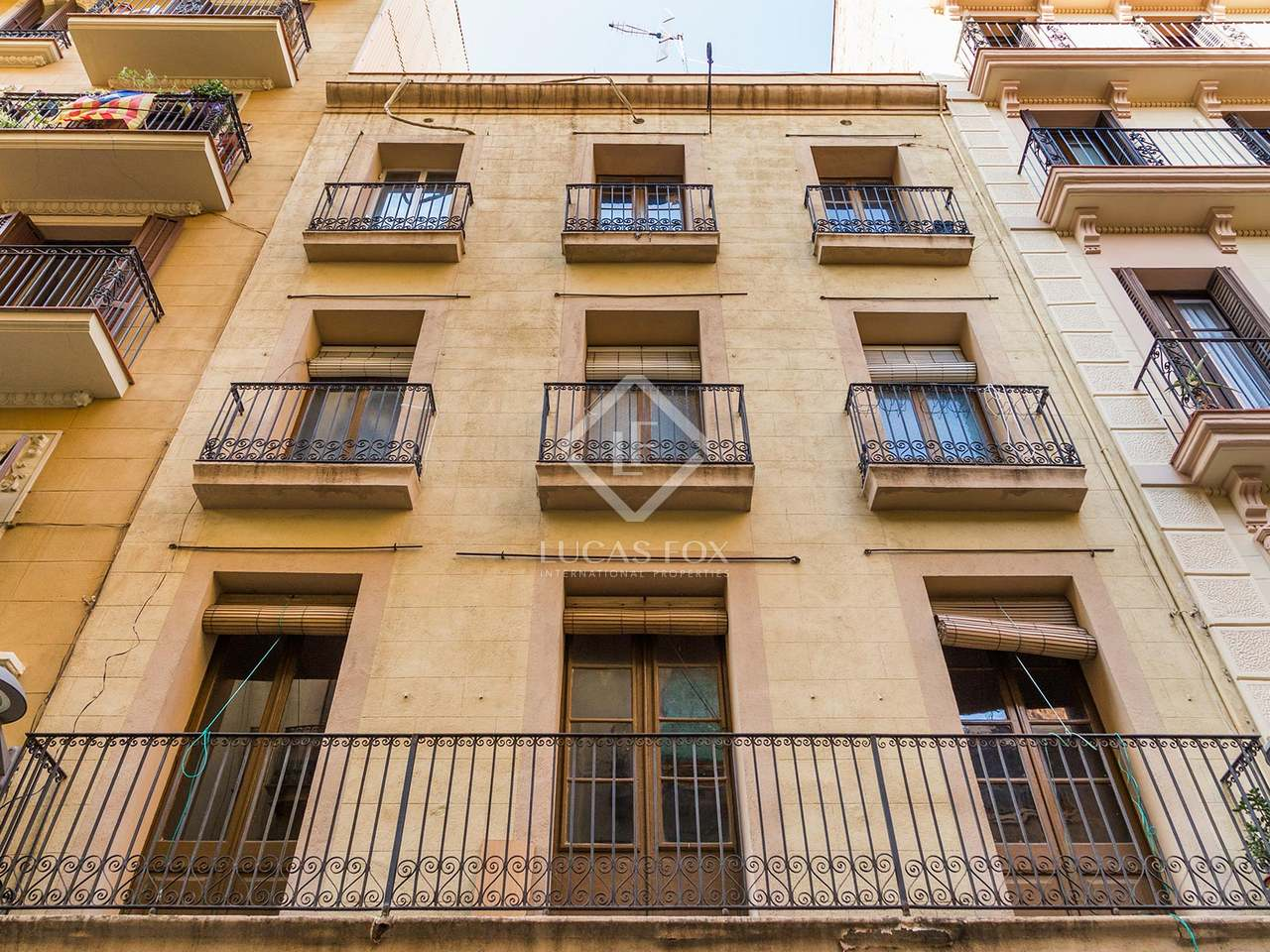 Penthouse apartment for sale in gracia barcelona for Penthouse apartment for sale