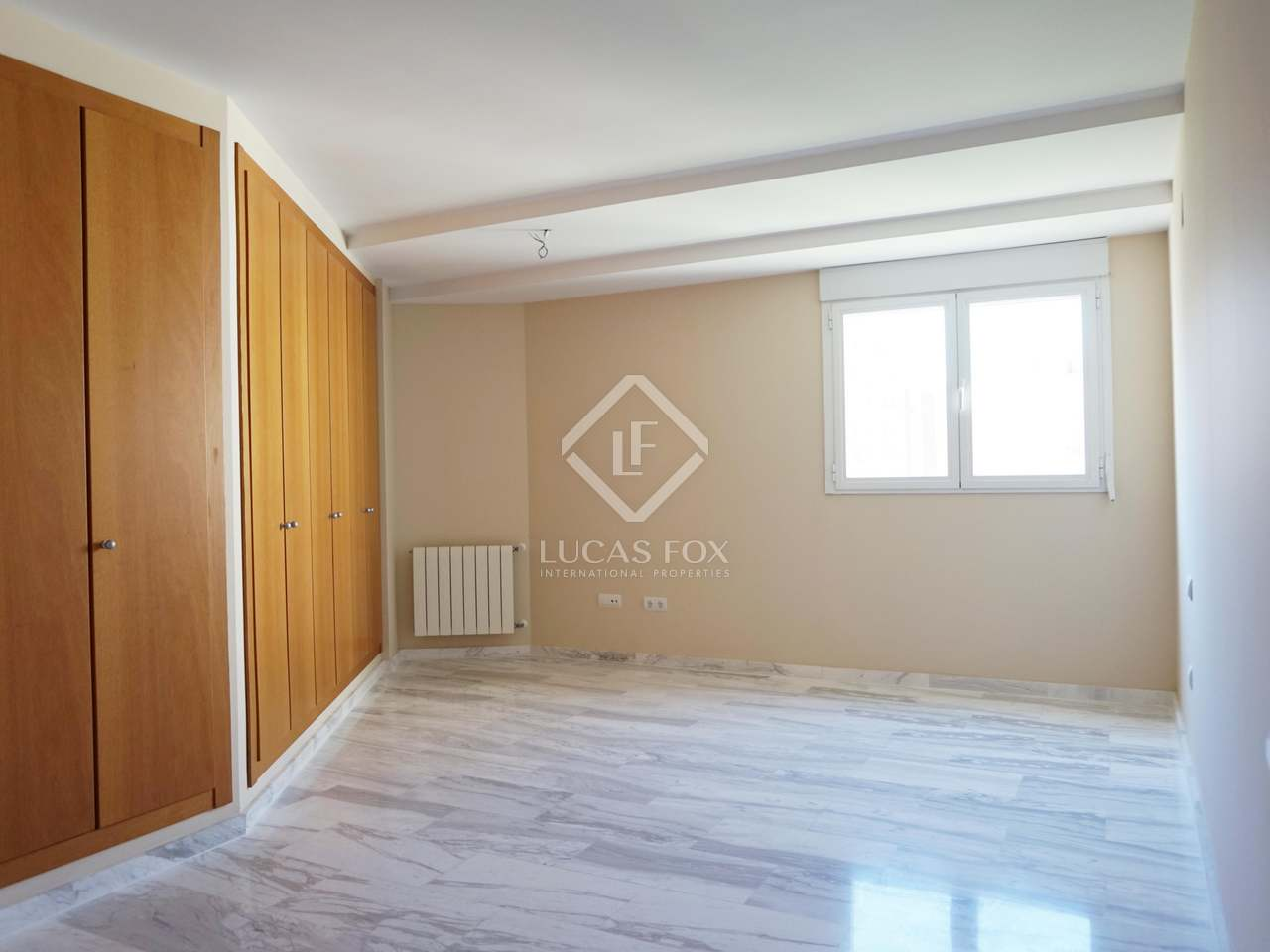 5 bedroom apartment for sale in pla del real valencia for 5 bedroom apartments