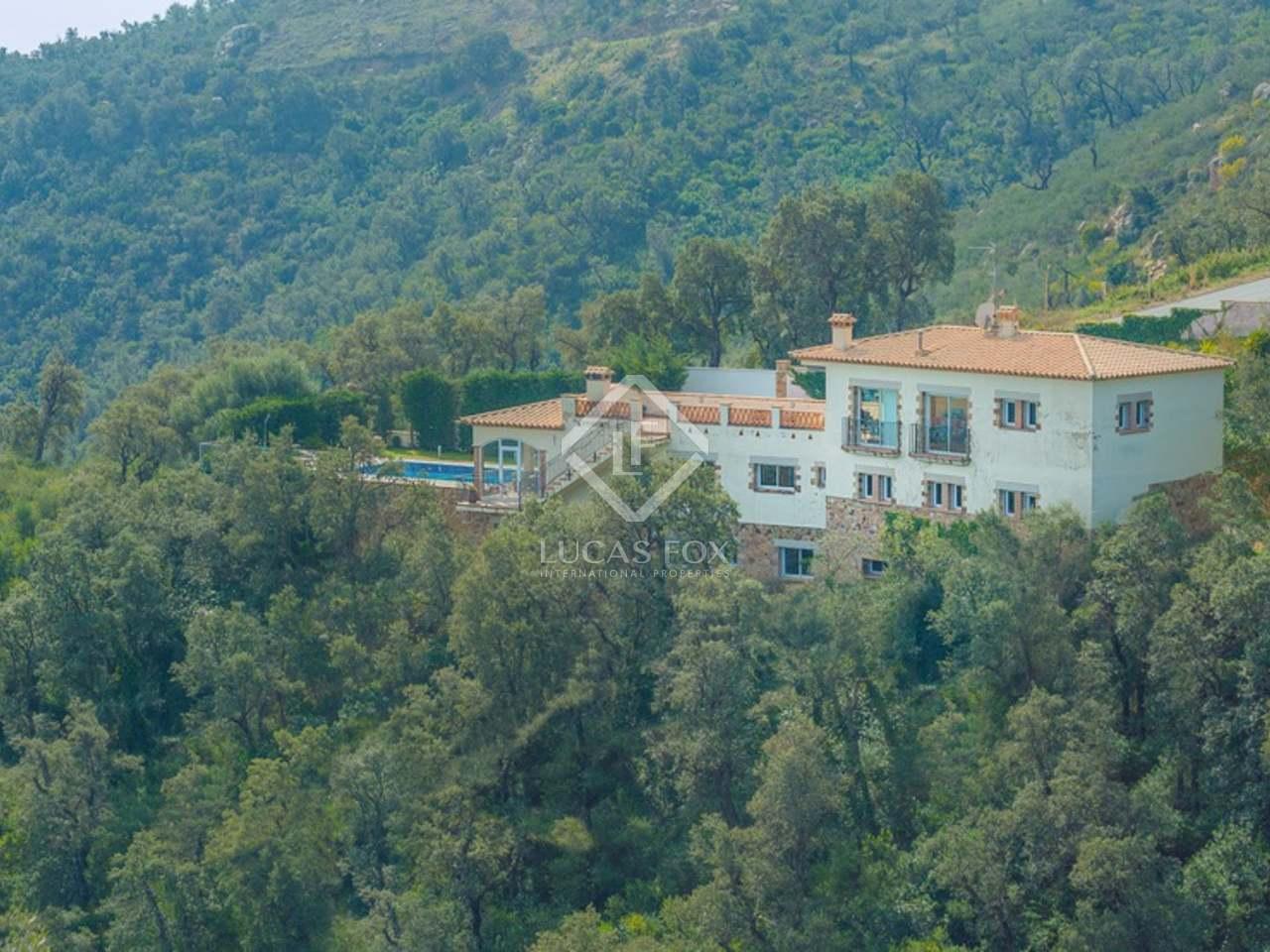 Villa en venta en platja d 39 aro en la costa brava - Casa playa costa brava ...