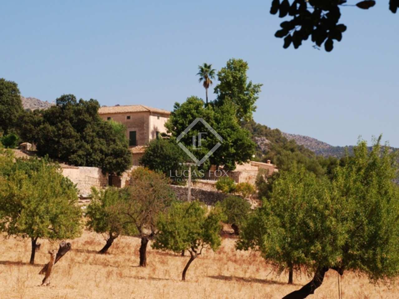 Casa de campo grande en venta en el norte de mallorca for Casas de mallorca