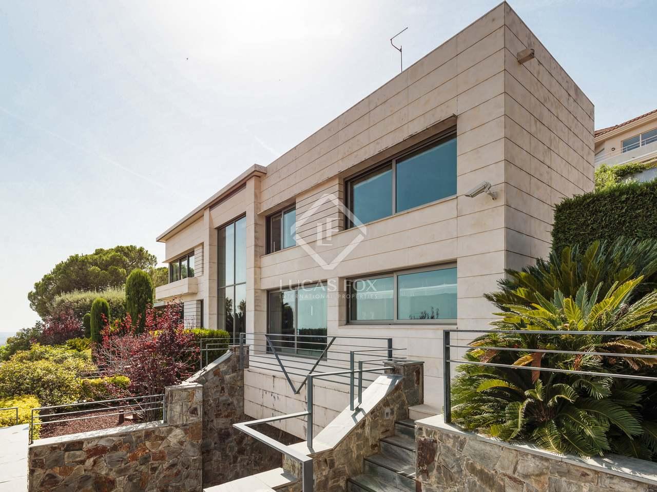 maison villa de 545m a vendre esplugues barcelone. Black Bedroom Furniture Sets. Home Design Ideas