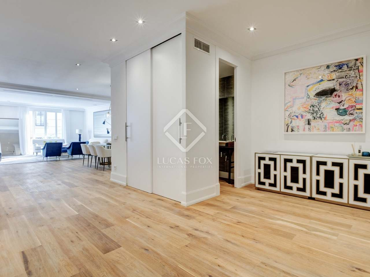 284 m apartment for sale in castellana madrid for 3 renovated apt with spacious living room 10 pax
