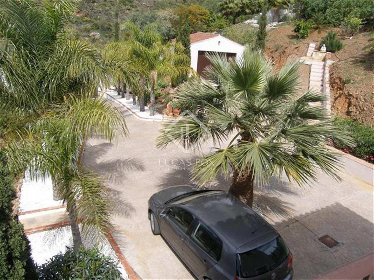 Maison villa de 201m a vendre mijas avec 2 070m de for Jardin anglais caracteristiques