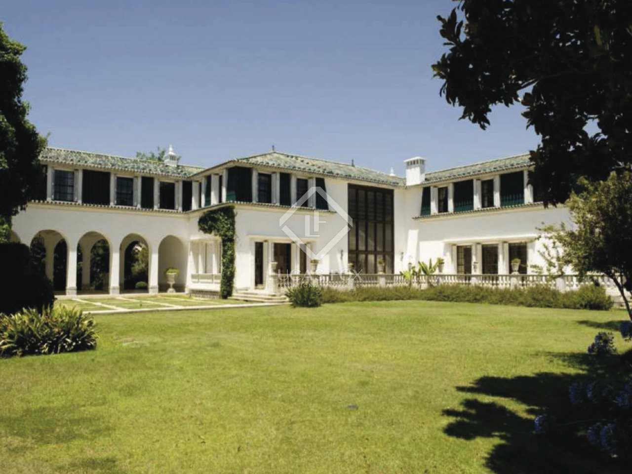 2 100m haus villa mit 3 150m garten zum verkauf in. Black Bedroom Furniture Sets. Home Design Ideas