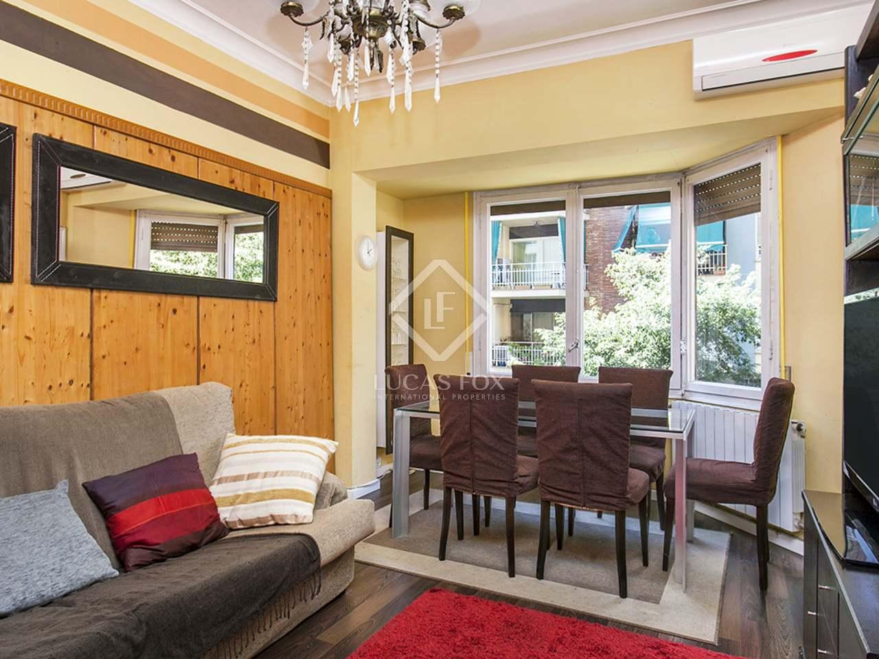 Apartamento con licencia tur stica en venta en el eixample for Licencia apartamento turistico madrid