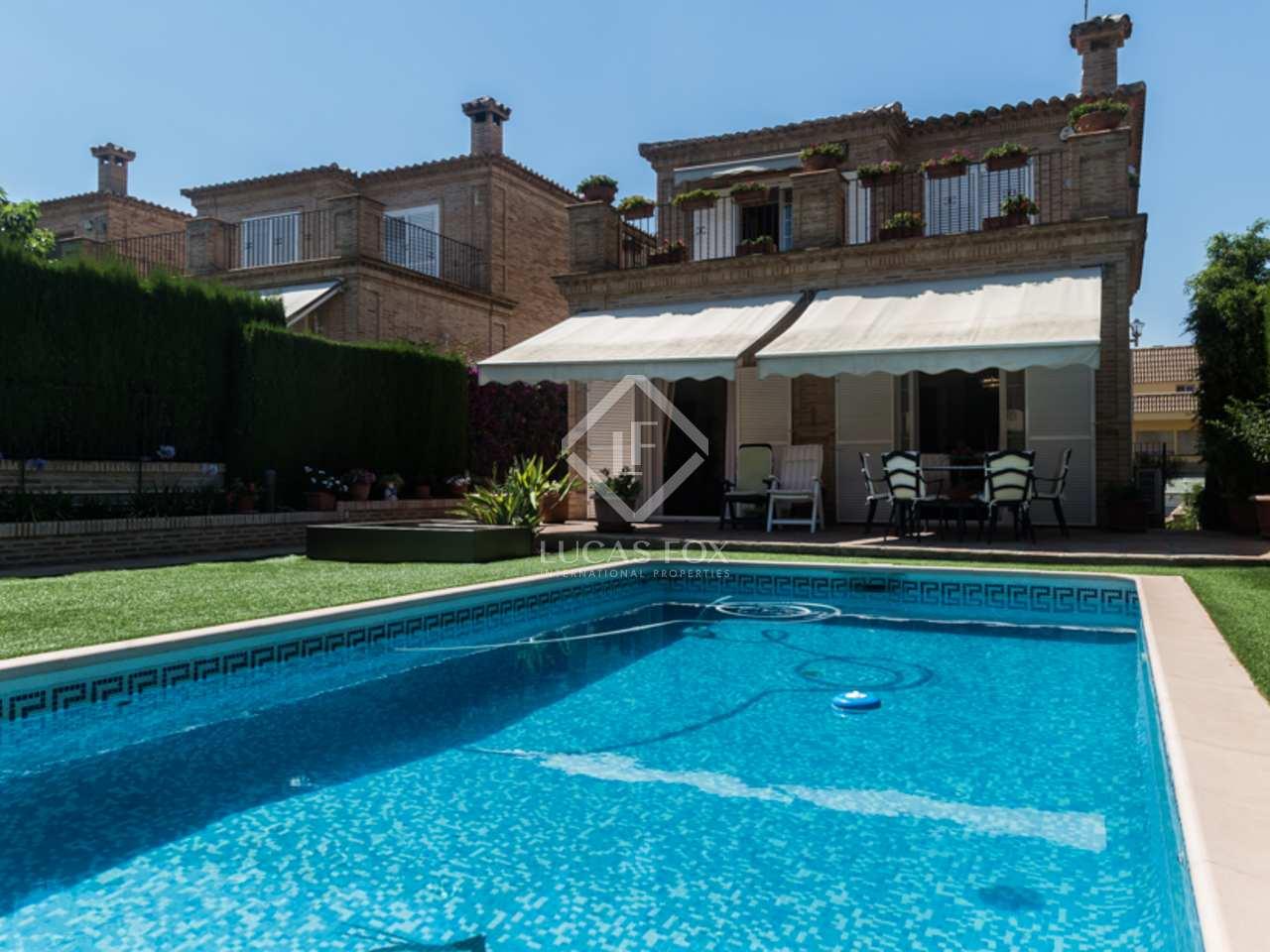 Villa en vente godella pr s du centre de valence en espagne for Piscine du polygone valence