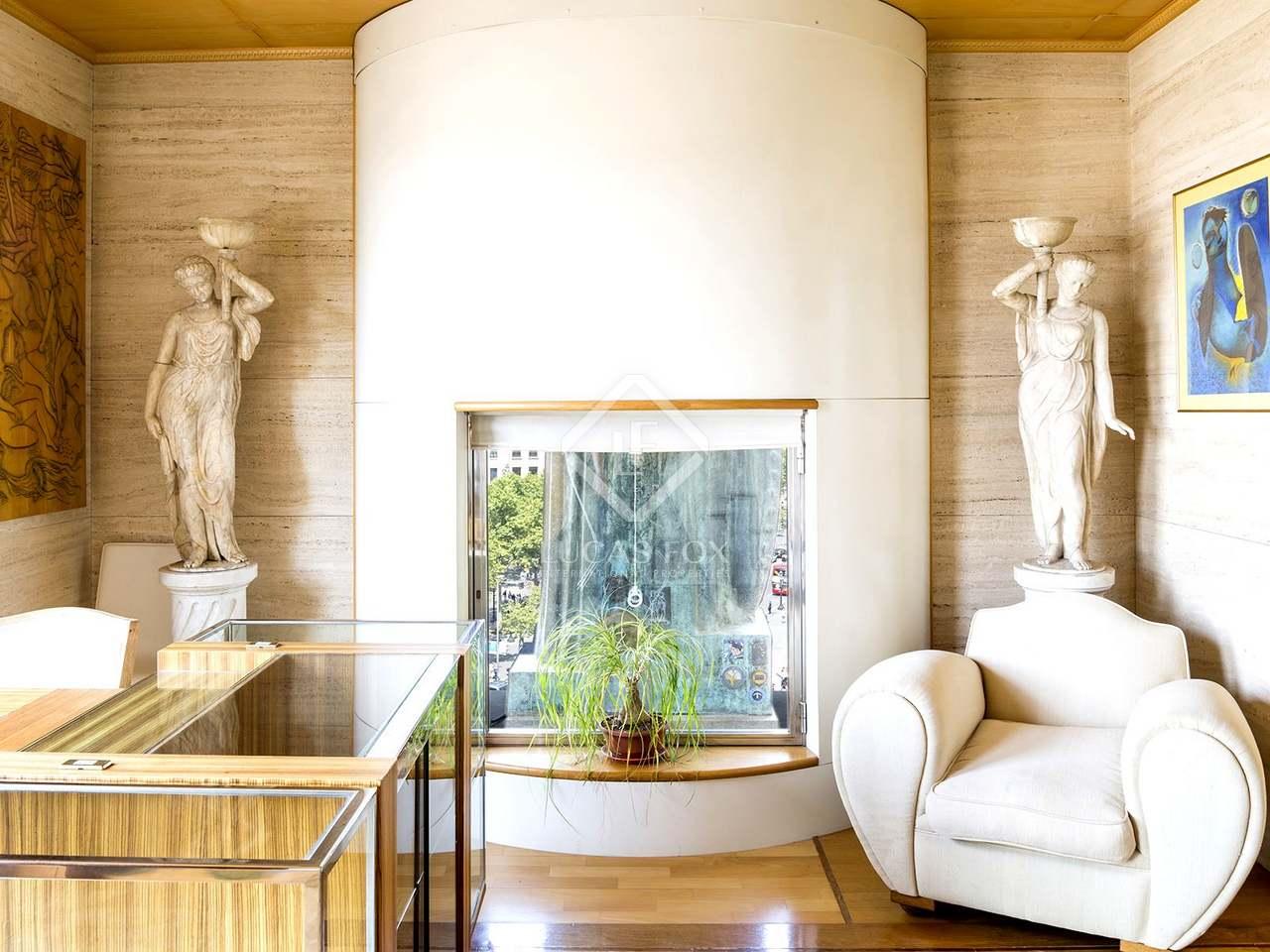 290m wohnung zum verkauf in g tico barcelona. Black Bedroom Furniture Sets. Home Design Ideas