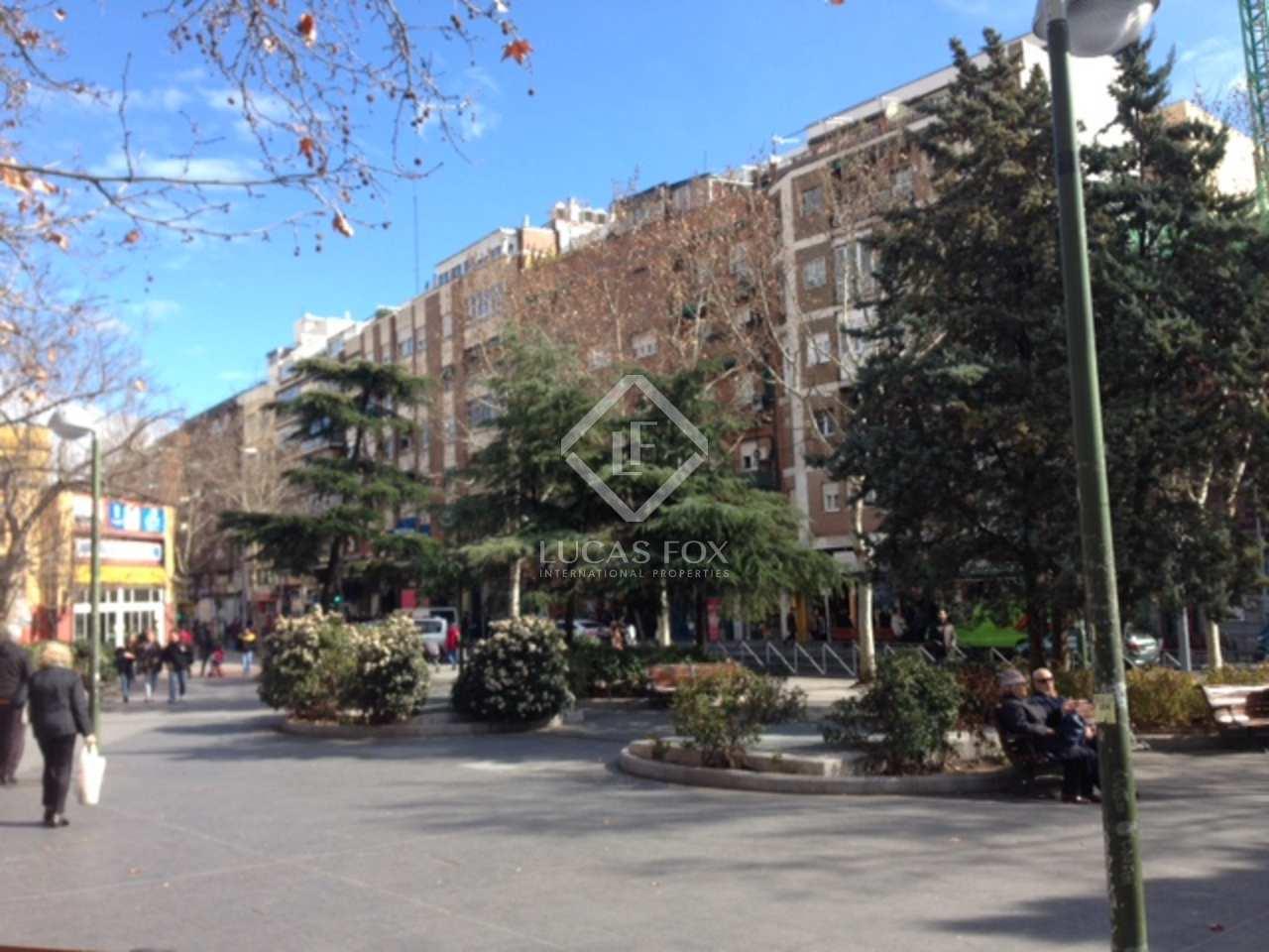 Villa en alquiler en madrid chamart n ciudad jard n for Piscina ciudad jardin sevilla