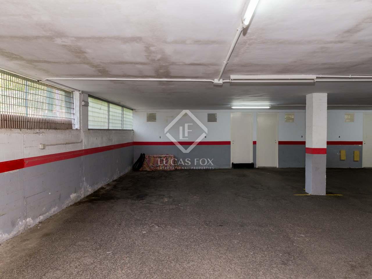 Tico de 140m con terraza de 100m en venta en gav mar for Piscina gava