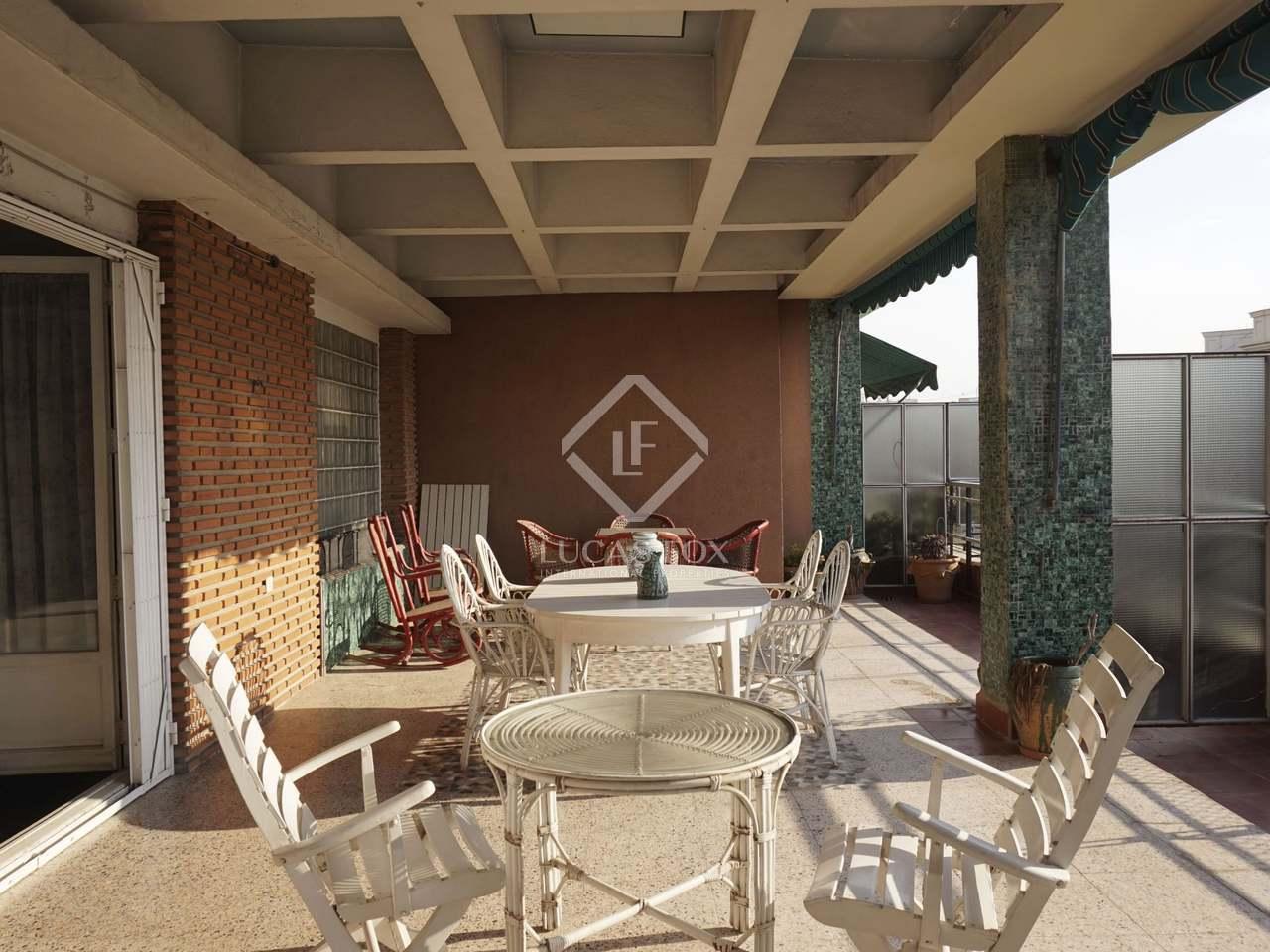 Tico con terraza en venta en plaza espa a valencia for Terrazas 1280 a
