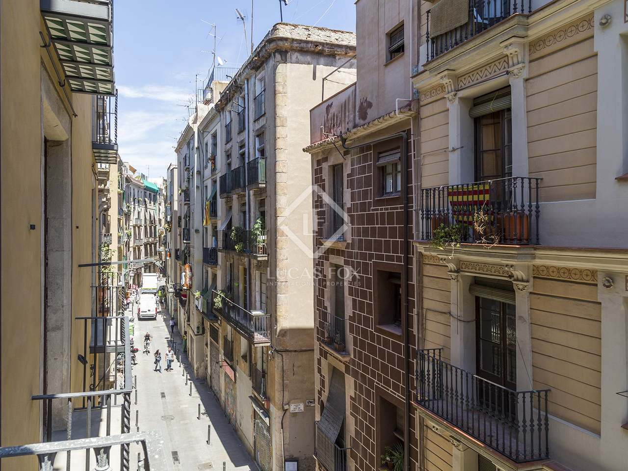 Apartamento renovado en venta en el born en el casco - Casco antiguo de barcelona ...