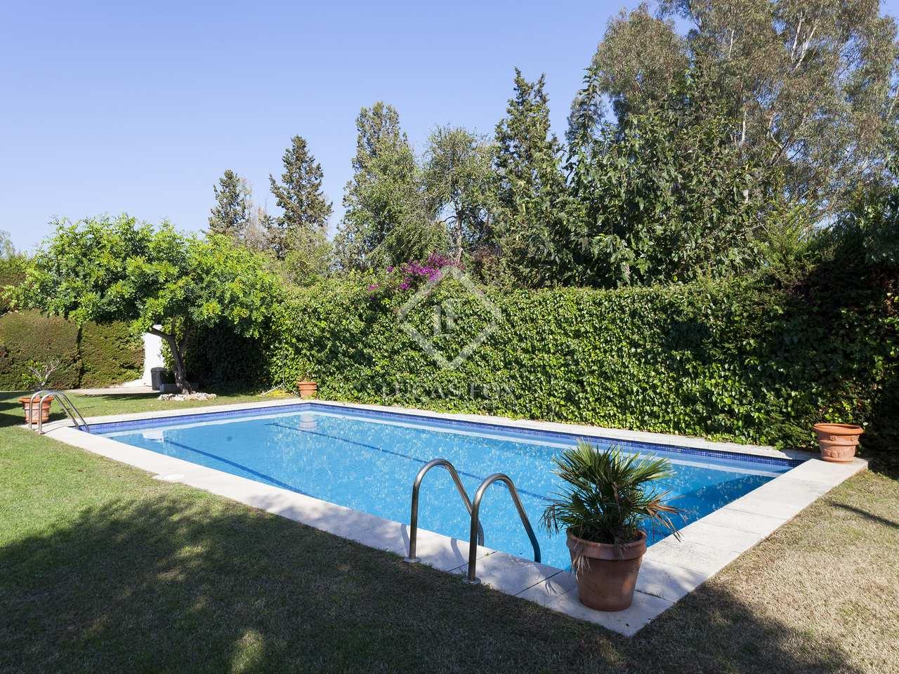 Casa de 230m en venta en sant pere ribes sitges for Piscina sant pere de ribes