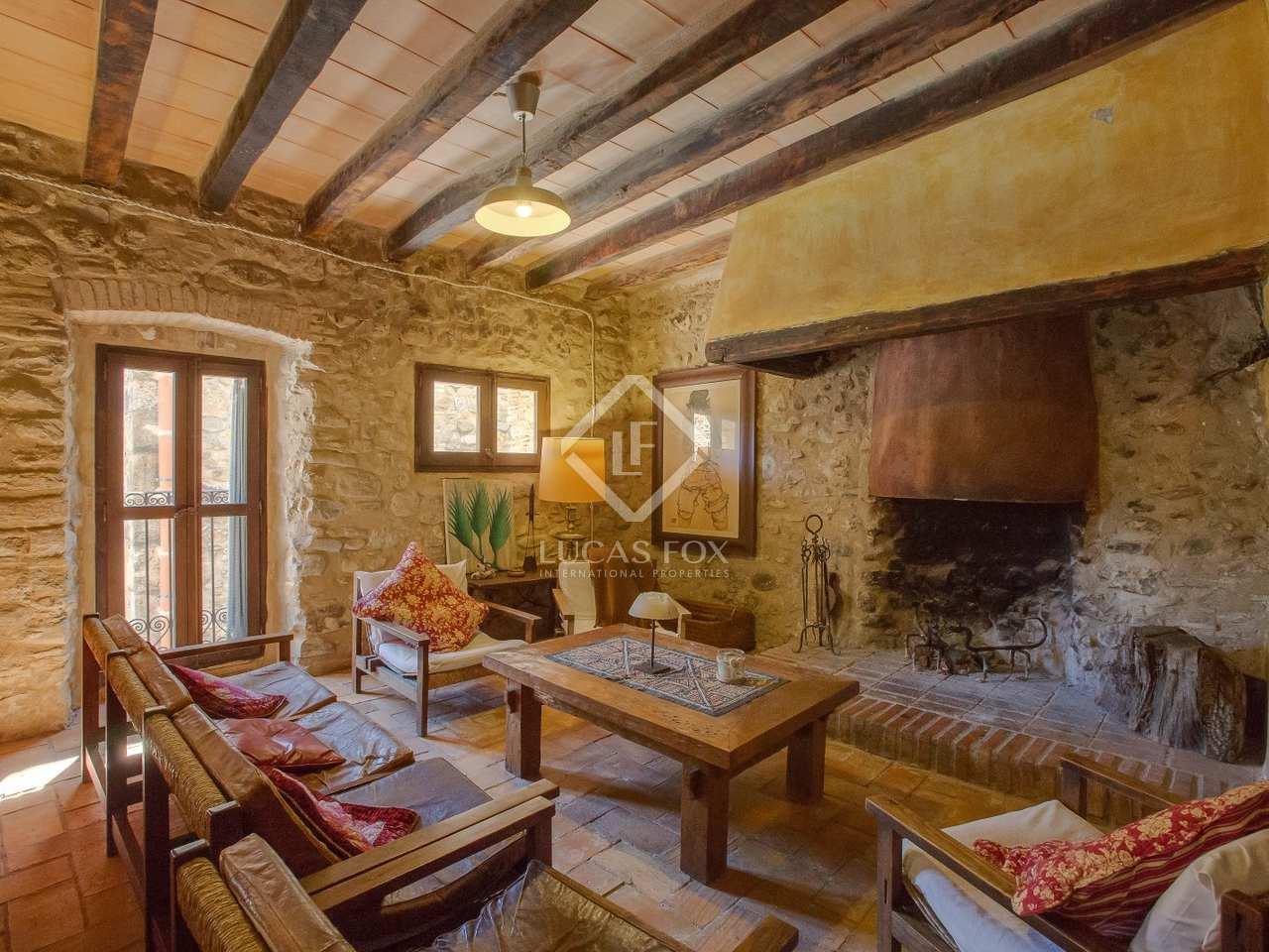 Amplia casa rural en venta en el alt empord - Comprar casa rural ...