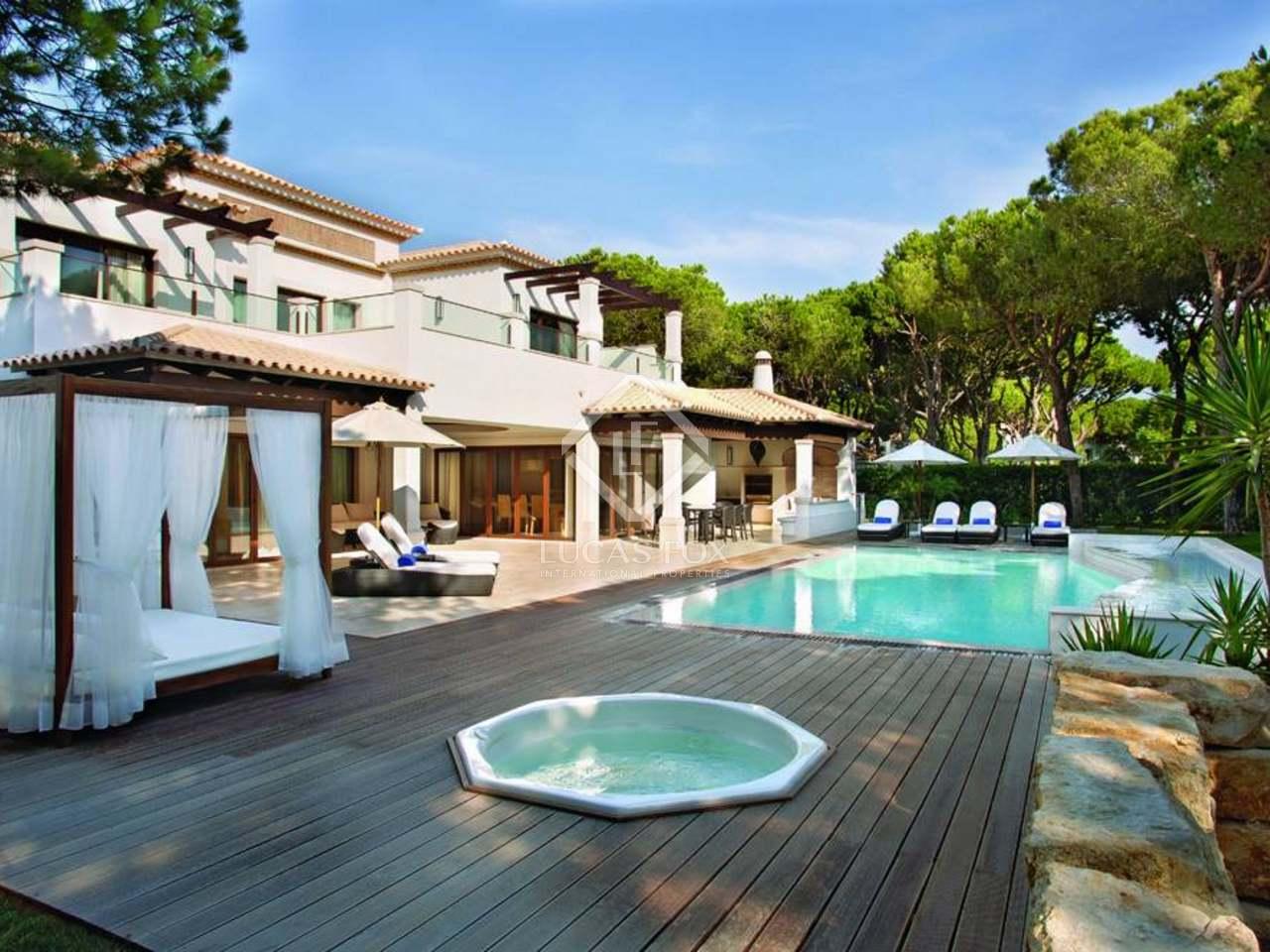 306m haus villa mit 2 042m garten zum verkauf in algarve. Black Bedroom Furniture Sets. Home Design Ideas