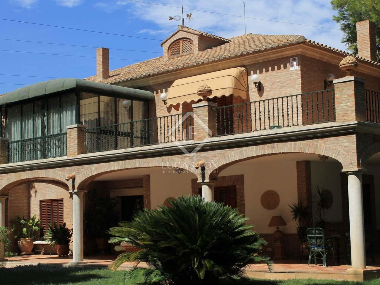 800m² Haus Villa zum Verkauf in Godella Rocafort