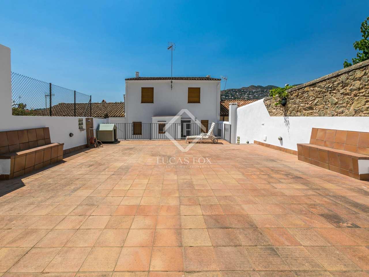 Maison villa de 310m a louer alella avec 150m de jardin - Maison a louer 3 chambres avec jardin ...