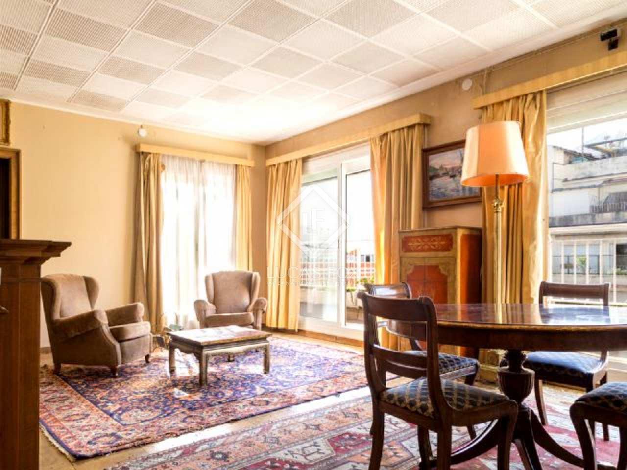 Appartement en vente dans le quartier de sant gervasi de for Renover chambre a coucher