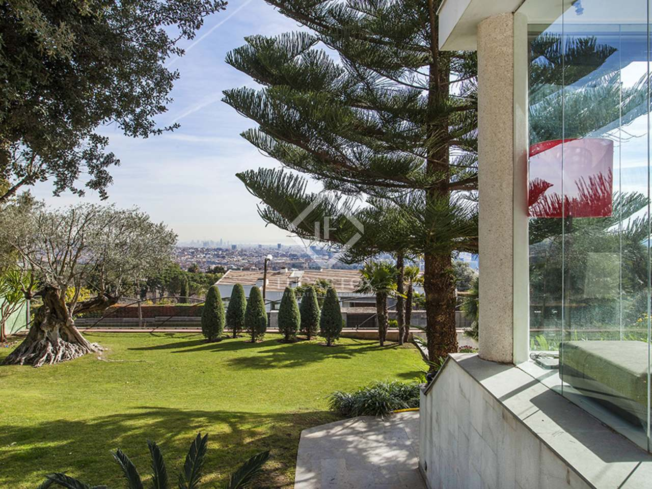 Maison villa de 520m a vendre pedralbes barcelone for Piscine w barcelone