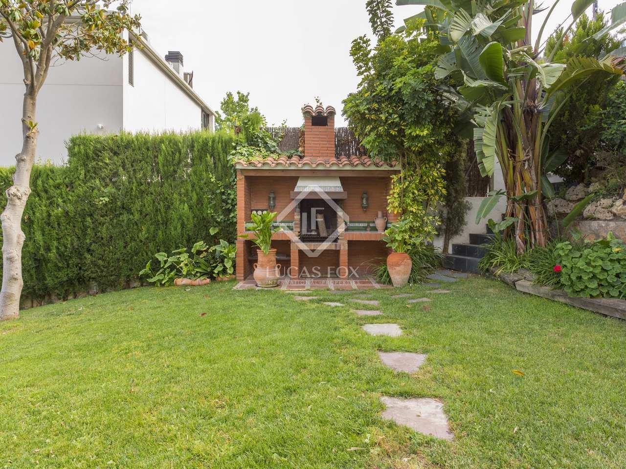 Maison villa de 580m a vendre esplugues avec 611m de for Jardin anglais caracteristiques
