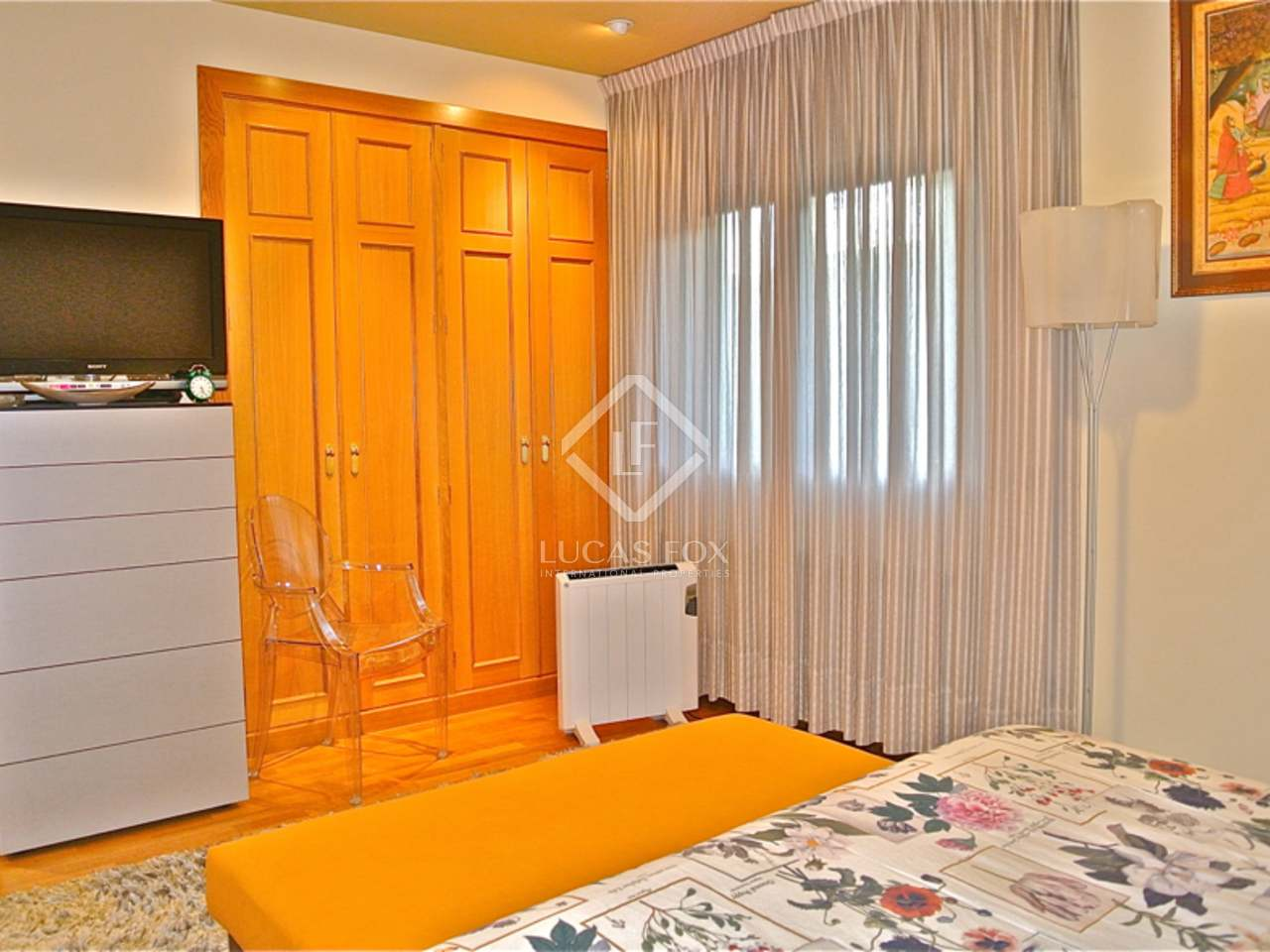 210m wohnung mit 12m terrasse zum verkauf in andorra la vella. Black Bedroom Furniture Sets. Home Design Ideas
