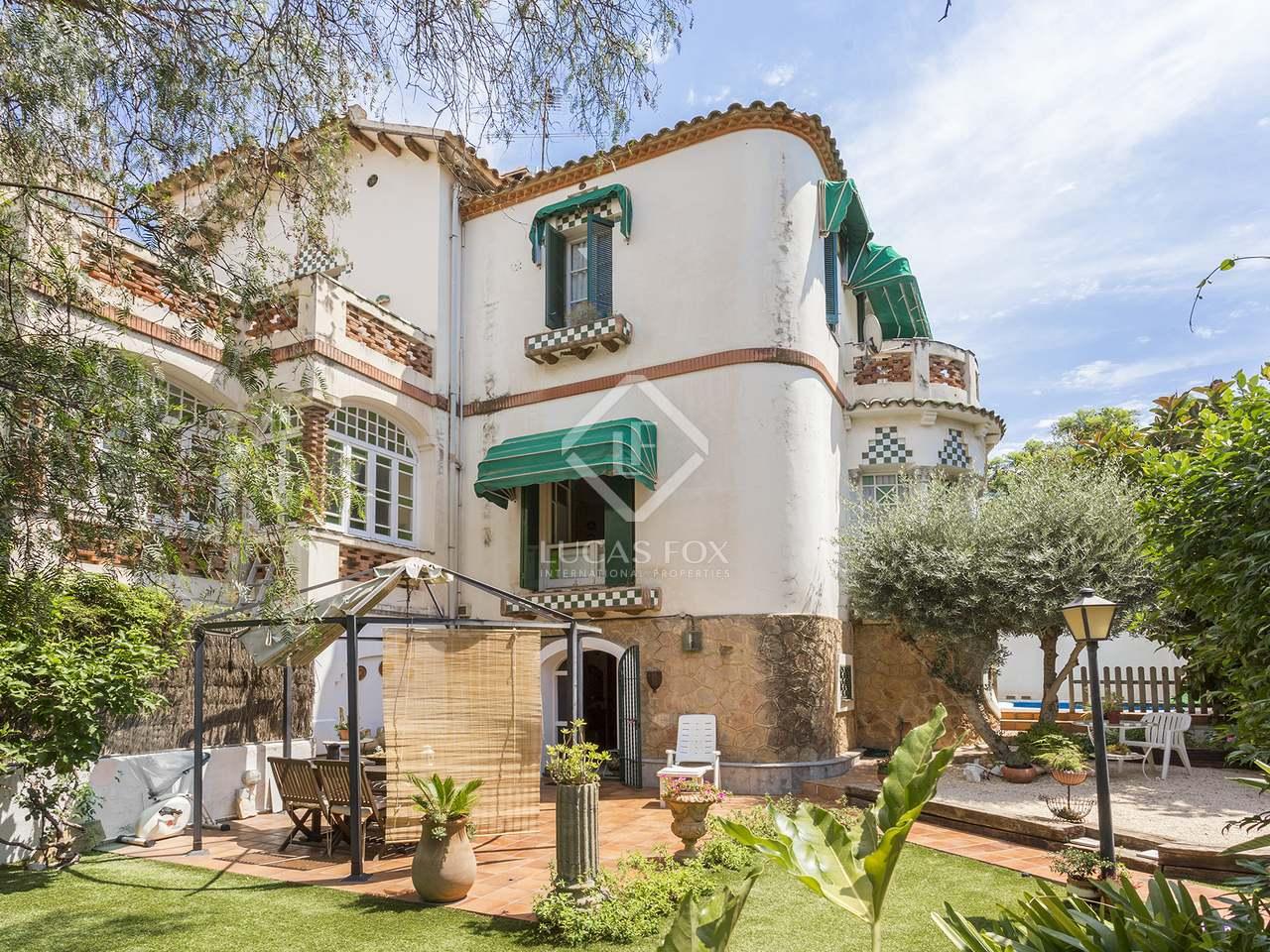 Propiedad de 190m con jard n en venta en sant just desvern - Casas modernistas barcelona ...