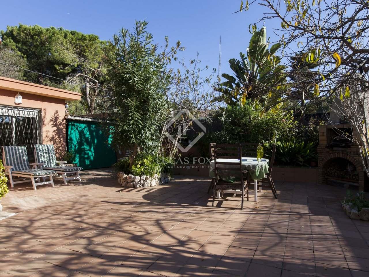 Villa de 5 dormitorios con jard n en venta en vallpineda Villa jardin donde queda