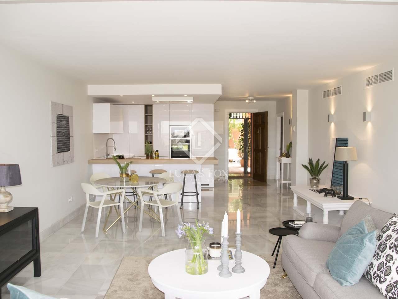 148m wohnung zum verkauf in benahav s andalusien. Black Bedroom Furniture Sets. Home Design Ideas